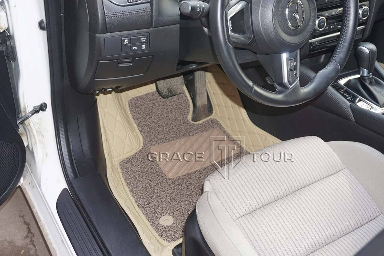 3D коврики из экокожи для Mazda 6. Крепление ворсового коврика - клипсы