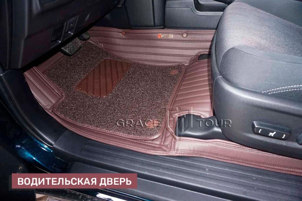 3D-коврики из экокожи на Toyota Land Cruiser Prado (водительский)