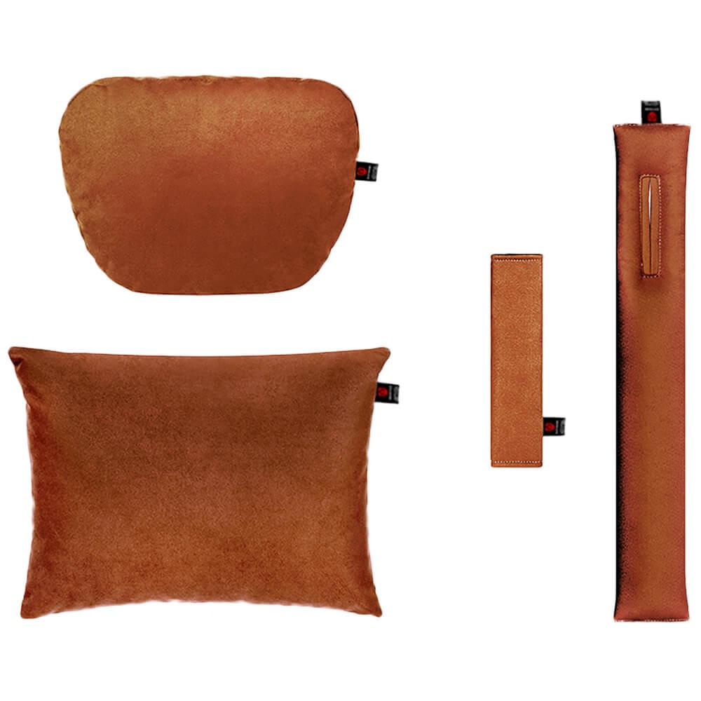 Коричневый комплект подушек в салон автомобиля 4 штуки